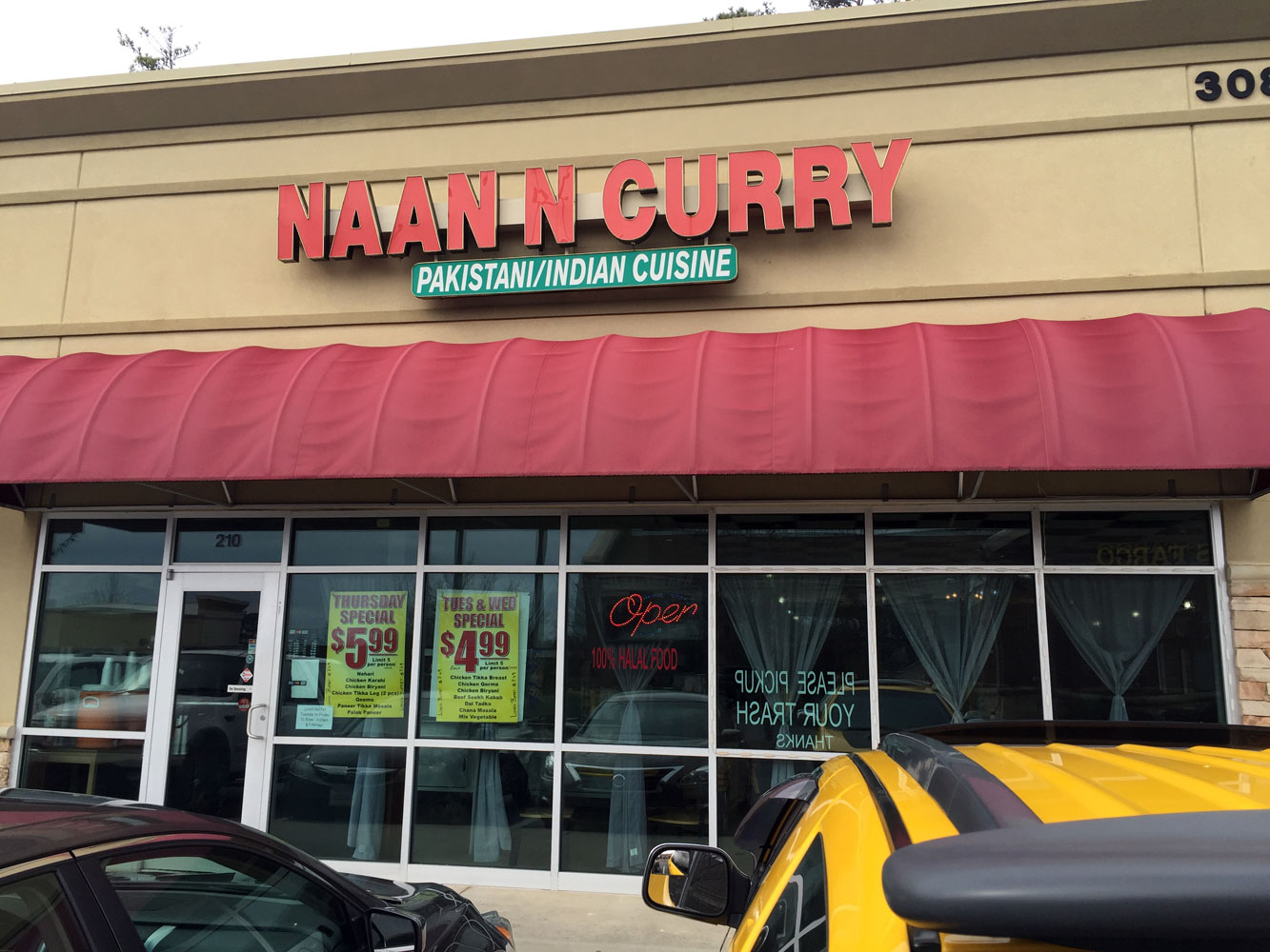 Naan 'N Curry